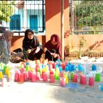 Manfaatkan Limbah Plastik, Mahasiswa FAI UM Metro Hasilkan Karya Seni Bernilai Jual